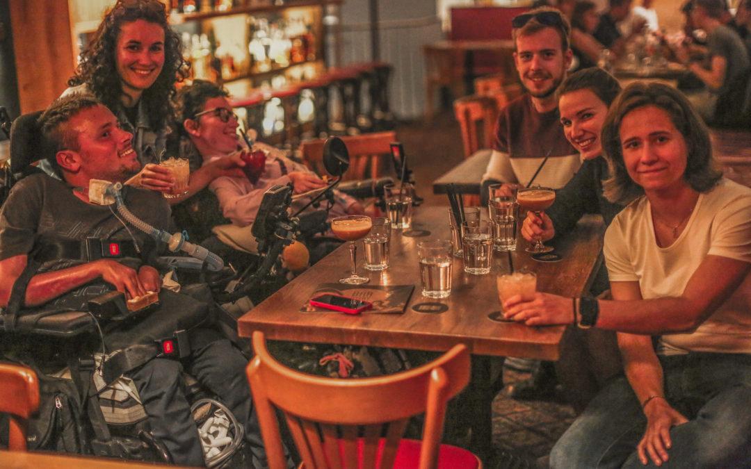 Jak se s námi handicapovanými (ne)bavit